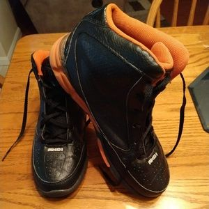 And1 Baskeball Shoes - Men's Size 8